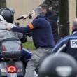 Parigi, terzo killer: ieri vigilessa, oggi fa ostaggi nel negozio ebraico 22
