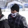Tiger Woods perde dente a premiazione Lindsey Vonn. Ma organizzatori... 03
