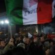Tsipras stravince in Grecia: festa in piazza sulle note di Bella Ciao08