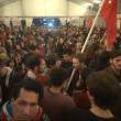 Tsipras stravince in Grecia: festa in piazza sulle note di Bella Ciao31