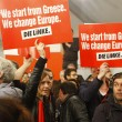 Tsipras stravince in Grecia: festa in piazza sulle note di Bella Ciao29