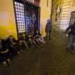 Roma, scontri tra tifosi del Feyenoord e la polizia a Campo de' Fiori FOTO 3