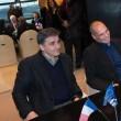 Yanis Varoufakis, il tour europeo senza cravatta del ministro delle Finanze greco