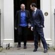 Yanis Varoufakis, il tour europeo senza cravatta del ministro delle Finanze greco3