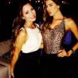 Aida Yespica, selfie hot: sotto l'abito niente reggiseno 06