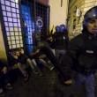 Roma, scontri tra tifosi del Feyenoord e la polizia a Campo de' Fiori FOTO 8