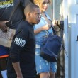 Beyonce passeggia senza reggiseno a West Hollywood02