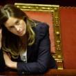 """Maria Elena Boschi: """"Varoufakis...Non è il mio tipo"""". La politica secondo Chi"""