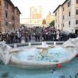 Ultras Feyenoord, Barcaccia di piazza di Spagna devastata a Roma FOTO 22