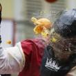 Carnevale Ivrea, la battaglie delle arance02