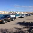Lampedusa, migranti morti nel Canale di Sicilia: carri funebri in fila