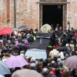 Elena Ceste, funerali sotto la neve a Govone 17