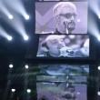 Festival di Sanremo, omaggio a Pino Daniele e Mango: Emma si commuove