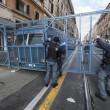 Lega a Roma, centri sociali in piazza. Allerta scontri: schierati 4.000 agenti 10