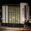 Las Vegas, la spettacolare demolizione dell'Hotel Clarion04