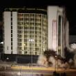 Las Vegas, la spettacolare demolizione dell'Hotel Clarion19