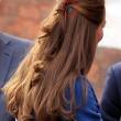 Kate Middleton, capelli grigi in gravidanza: niente tinta per salute bebè FOTO