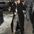 Kim Kardashian super-scollata e sexy malgrado il gelo di New York14