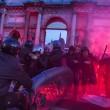Roma, anti-Salvini bloccano piazzale Flaminio05