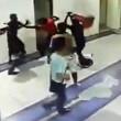 Ragazzo strabico colpito col machete in Malesia04