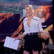 Isola dei famosi, Alessia Marcuzzi hot in minigonna FOTO 7
