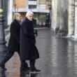 """Mattarella Presidente va a messa a piedi. Alle suore: """"Pregate per me"""" FOTO 5"""