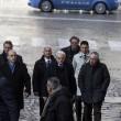 """Mattarella Presidente va a messa a piedi. Alle suore: """"Pregate per me"""" FOTO 12"""