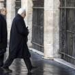 """Mattarella Presidente va a messa a piedi. Alle suore: """"Pregate per me"""" FOTO 8"""
