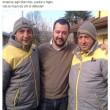 """Matteo Salvini, foto con Graziano Stacchio su Fb: """"Giù mani da chi si difende"""""""
