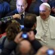 Lucia Annibali, Papa Francesco saluta in Vaticano donna sfregiata da acido 12