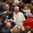 Lucia Annibali, Papa Francesco saluta in Vaticano donna sfregiata da acido 11