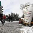 Maltempo Basilicata: autocisterna sbanda per neve a Potenza07