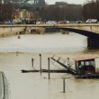 Ponte Umberto, Roma: uomo si butta nel Tevere, corpo sparito nel fiume in piena