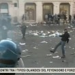 VIDEO Youtube: ultras Feyenoord a Roma occupano piazza di Spagna, nuovi scontri polizia 04