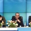 Sanremo, FOTO con Arisa, Rocio ed Emma Marrone. Carlo Conti09