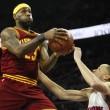 Nba, LeBron James supera Scottie Pippen per record assist 11