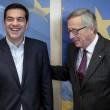 Tsipras preso per mano da Junker: accoglienza calorosa a Bruxelles06