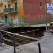 VIDEO YouTube Napoli, voragine a Pianura: sgomberate 380 famiglie8