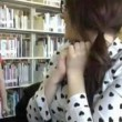 VIDEO YouTube, Alexandria Morra come Kendra Sunderland: strip in biblioteca 02