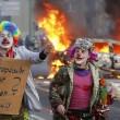 Bce. Francoforte brucia, Blockupy contro la nuova sede: scontri e cariche 6