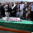 """nciata a Kabul per """"aver bruciato il Corano"""". Farkhunda era innocente"""