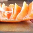 sbucciare un arancio in 30 secondi. Ecco come fare