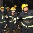 Cina: precipita bus in dirupo: 20 morti, 13 feriti 05