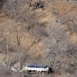 Cina: precipita bus in dirupo: 20 morti, 13 feriti 11