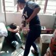 Cina, bulle sedicenni picchiano, spogliano una compagna e postano FOTO online 4