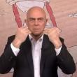 """VIDEO YouTube Maurizio Crozza: """"Poletti, problema dell'Italia sono ragazzi al mare""""3"""