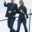 Varoufakis, ecco la moglie Danae Stratou: passeggiata informale a Cernobbio FOTO