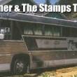 VIDEO YouTube: Elvis Presely, all'asta TCB Tour Bus super lusso comprato per la band03