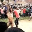 VIDEO YouTube e FOTO choc India: stupratore linciato dalla folla5