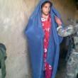 Isis, reggiseno trucco e velo: miliziani in fuga da nord Iraq vestiti da donna04